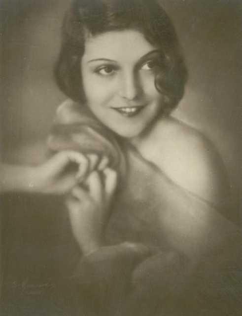 María Telón  nackt