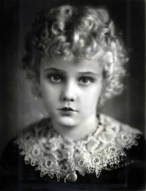 Portrait Jean Darling