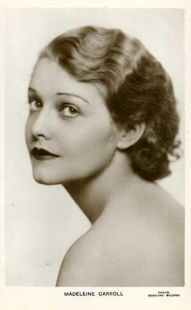 Dorothy Carroll  nackt